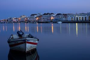 b&b-algarve-tavira-by-night.jpg