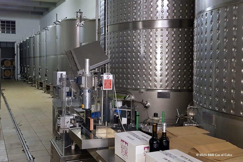 2-stalen-wijnvaten-quinta-da-tor