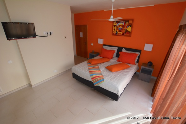 bed-en-breakfast-algarve-kamer-laranja-2