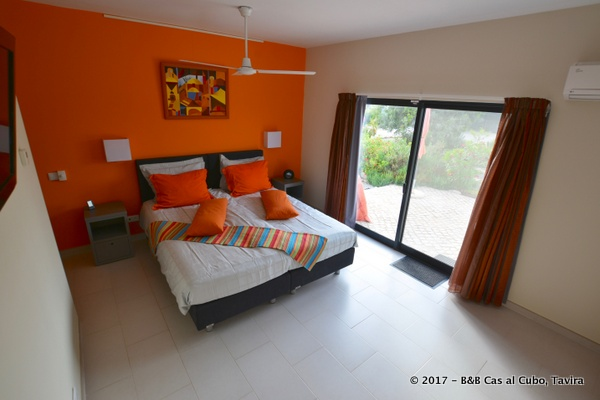 bed-en-breakfast-algarve-kamer-laranja-3