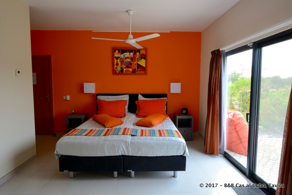 bed-en-breakfast-algarve-kamer-laranja-6
