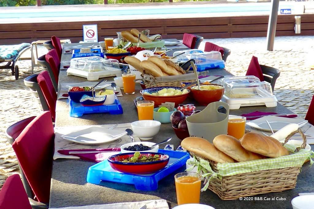 B&B Cas al Cubo Tavira ontbijt