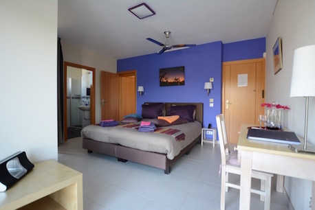 Room Lavanda - boutique hotel Algarve | Walk-in Shower| Roof Terrace| Hammock