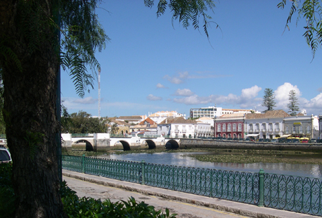 Tavira is famous for its narrow, cobbled streets and the bustling Fish Quay with its many chic restaurants and café bars.